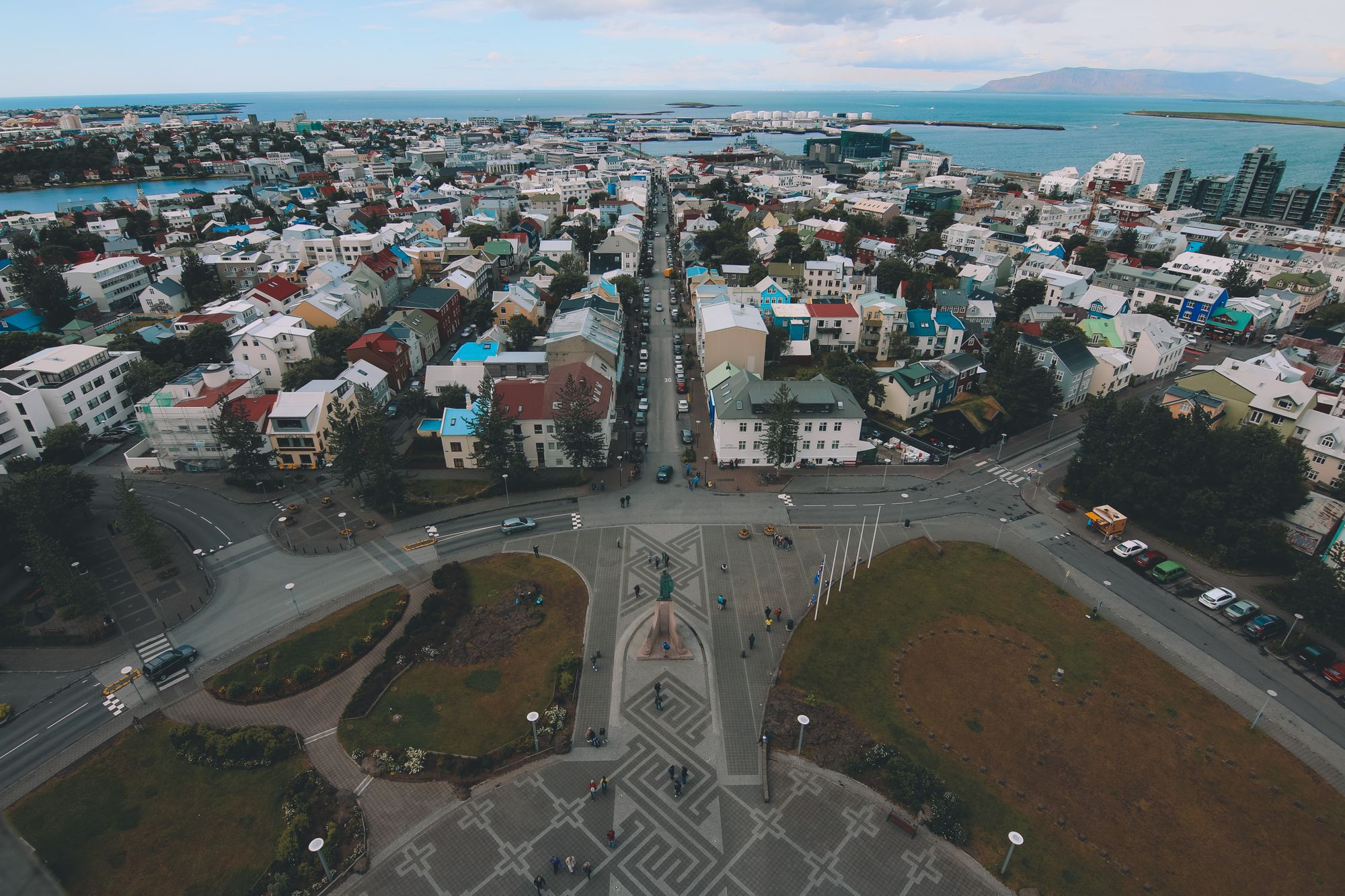 Vue sur la ville de Reykjavik en Islande depuis l'église luthérienne d'Hallgrímskirkja