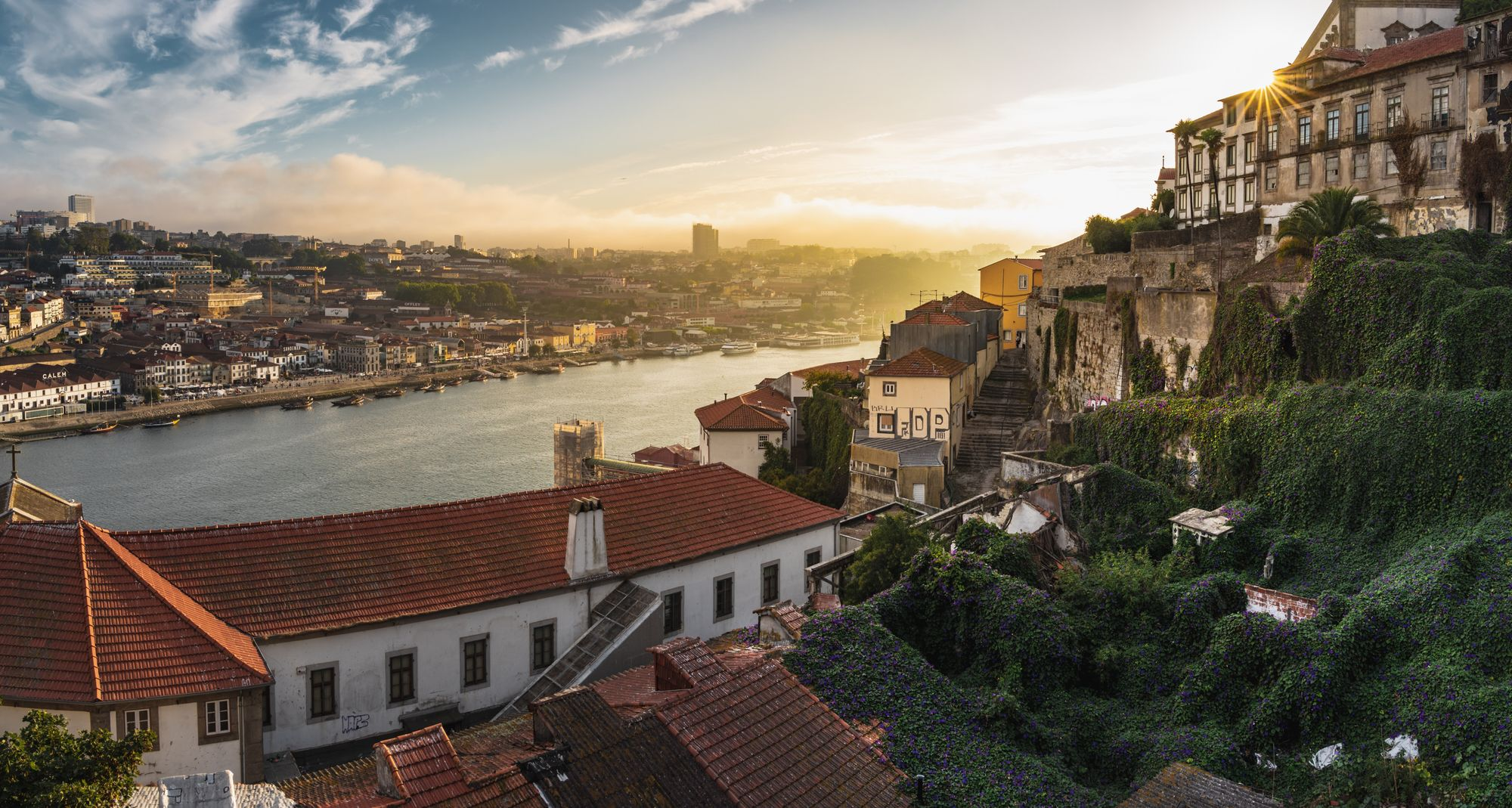 vue sur le Douro dans la ville de Porto au Portugal