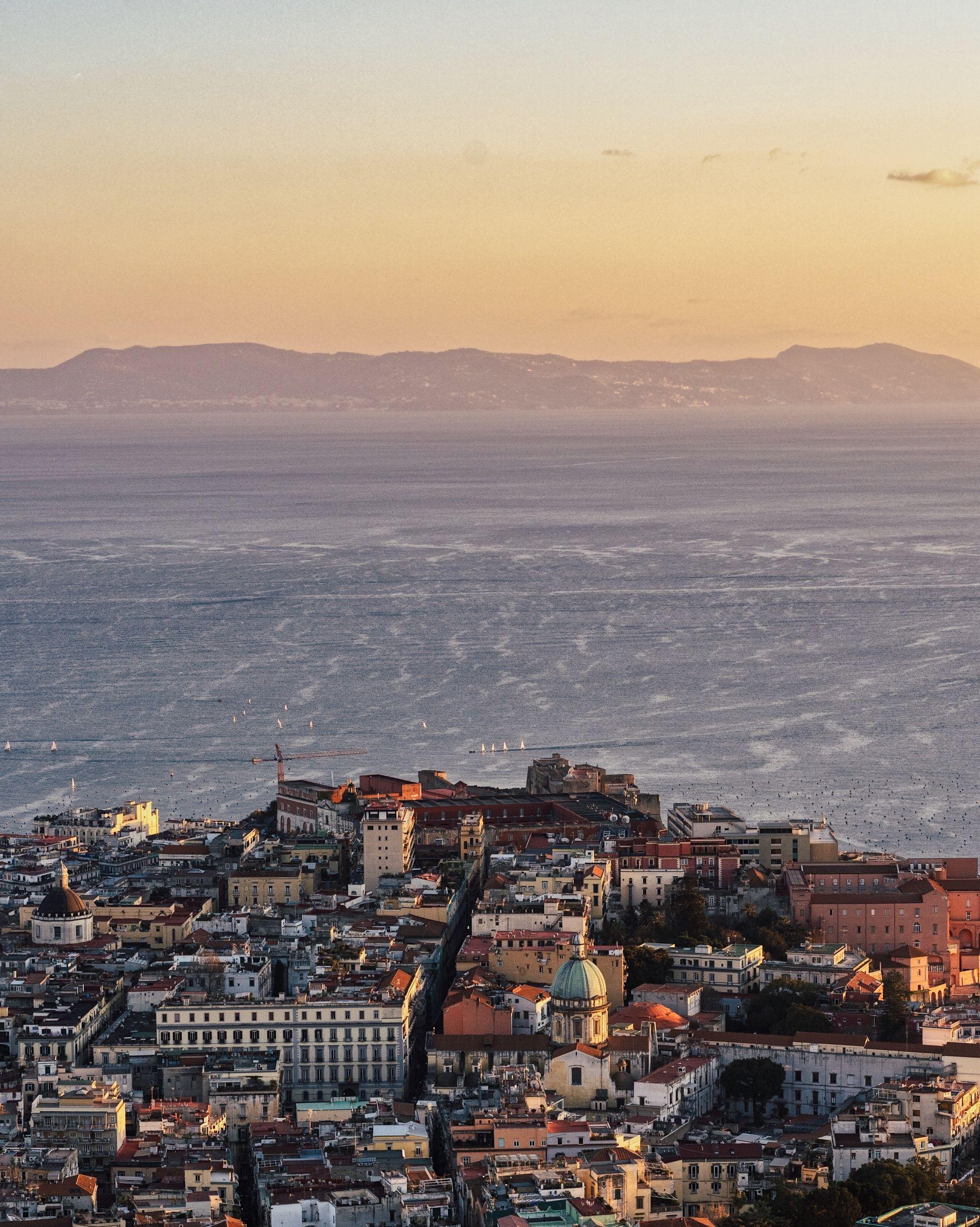 vue aérienne de la ville de Naples en Italie
